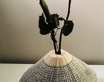 Book Sculpture | Flower Vase | Folded book | Gift Idea | Art