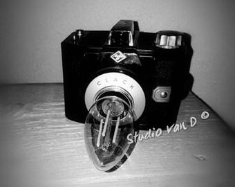 Rugged photo camera lamp