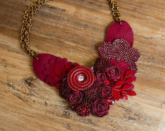 RED PASSION choker of leather necklace floral red