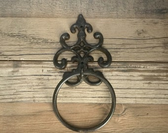 Towel Ring , Towel Rack, Old World, Antique Style ,  Scrolling , Metal, Iron, Cast Iron