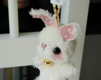 mini Japanese anime Rabbit keyring - OOAK artist bear and friends pattern and by Jenny Lee of jennylovesbenny bears PDF