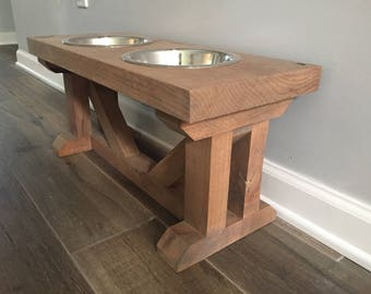 FREE PERSONALIZATION Dog Bowl Feeder Raised // Elevated Dog Stand // Farmhouse Style // Rustic // Wood // MEDIUM