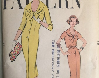 Vintage 50's Sewing Pattern, 50's Dress Pattern, Day Dress, Cocktail Dress, Vogue 9431, Bust 32, XS or SMALL, Sheath dress