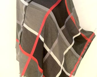 Plaid womens ponchos for women, Gift for women, birthday gift for mom, best selling shops items, PiYOYO