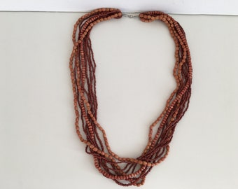 NEVER USED - Vintage wooden and small beads necklace