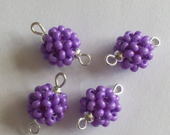 4 beads (2.5 mm) rock connectors Pearly purple