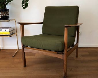 Mid century 60s lounge chair
