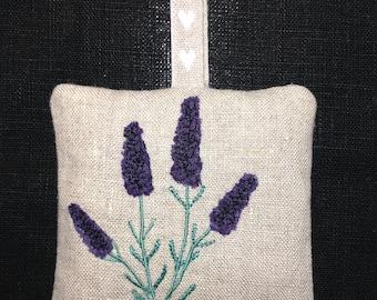 Raw Edge Applique Design 'Lavender Bag'