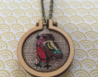 Robin mini hoop necklace or brooch, freehand machine embroidery