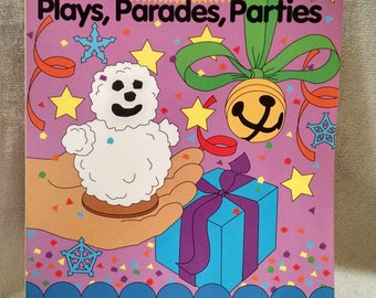 Holiday Hoopla Plays Parades Parties Teacher's Resources