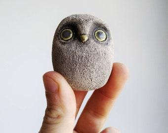 Miniature owl figurine. Owl sculpture. Tiny owl. Fairy owl.