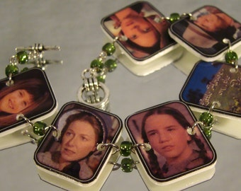 Little House on the Prairie Bracelet - Nostalgic television show jewelry - 80' kitsch jewellery