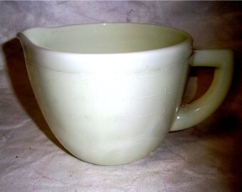 McKee Custard Measuring Pitcher 1940's