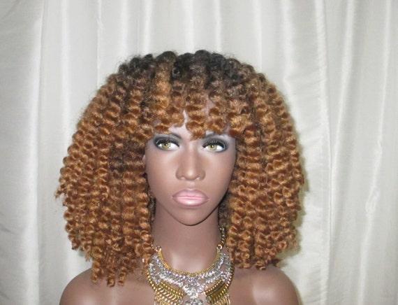 """Essence Wigs ''Glam Kinks"""" Crochet Twist Out Wig Full Cap Crochet Braid Ombre Wig Honey Blonde  Type 4"""