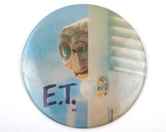 ET Giant Button Vintage 1980s