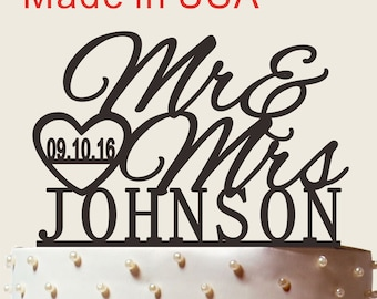 ON SALE!!! Personalized Wedding Acrylic Cake Topper With Wedding Date, Custom Name Cake Topper, Mr and Mrs Cake Topper, Wedding Cake Topper