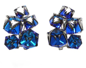Cube crystal earrings
