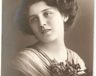 Vintage French Romantic  postcard . Romantic Woman