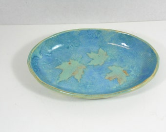 Oval leaf dish, trinket keeper, ring bowl, shades of blue, impressed maple leaf design B51