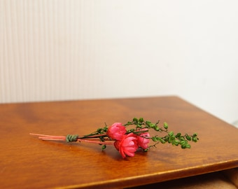 1:12 Pink Roses Floral Bouquet, Rustic Minimalistic Flowers and Green Foliage Arrangement, OOAK one inch scale dollhouse artisan miniature