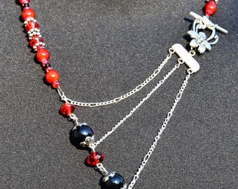 Red, Silver & Black Beaded Chain Necklace