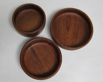 Teak Wood Round Nesting Bowl Set of 3