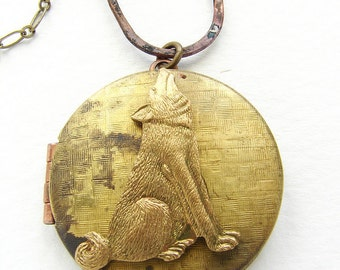Wolf Locket Necklace, vintage locket long necklace, animal locket pendant, long necklace, howling wolf necklace