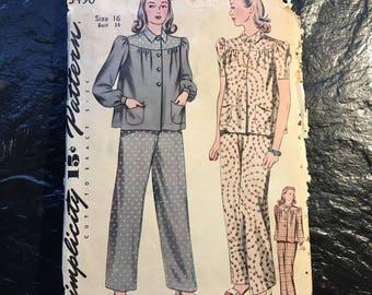 Vintage 1940s Two Piece Pajama Pattern // Simplicity 3490 > size 16, XL > top, pants, yoke, pockets