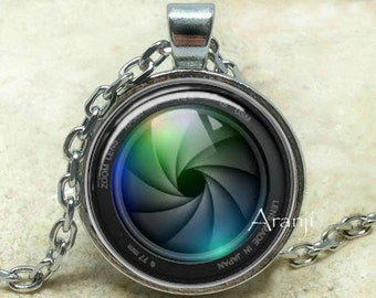 Camera lens art pendant, camera necklace, camera jewelry, photographer necklace, photography pendant, camera lens, Pendant#HG101P