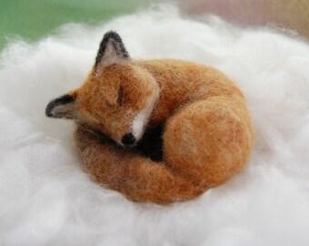 Needle Felted Fox, Woodland Animals, Needle Felted Animals, Foxes Forest Animal Forest Animals Toys, Sleeping Fox Sculpture, Needle Felt Fox