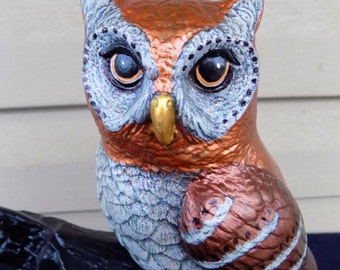 VINTAGE HALLOWEEN OWL Ceramic Figurine 10 In Tall Gothic Haunted House Prop Home Decor Collectible