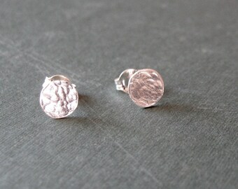 Tiny hammered sterling studs - Mini silver post earrings
