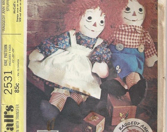 15 Inch 20 Inch 25 Inch Johnny Gruelle Raggedy Ann And Andy McCalls 2531 Rag Doll Stuffed Toy Sewing Pattern 1970