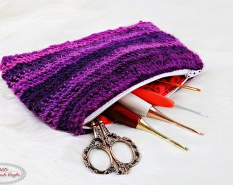 CROCHET PATTERN: Easy Crochet Zipper Pouch *sewing * under 2 hours * quick weekend project