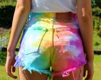 High waisted Rainbow Levis, denim shorts.