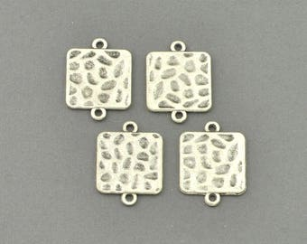 Antique Silver Tone Textured Square Charm (AS00-0105)