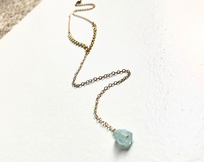Aquamarine Lariat Y Necklace - Gold Delicate Raw Crystal Birthstone Drop Necklace - Wedding Bridesmaid Boho Bridal Jewelry