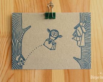 Owl moving card on common grey board - uiltjes verhuiskaart op grijskarton ansicht - letterpress