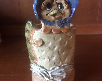 art pottery hindt chicken and stoneware Clay