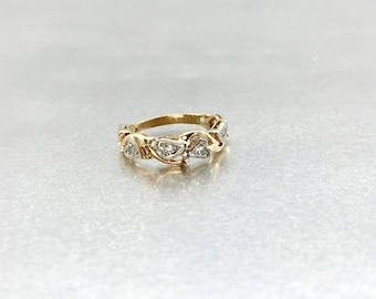 14 Karat Yellow and White Gold Diamond Wedding Band, Vintage Diamond Wedding Band, Diamond Band Promise Ring, Vintage Promise Ring