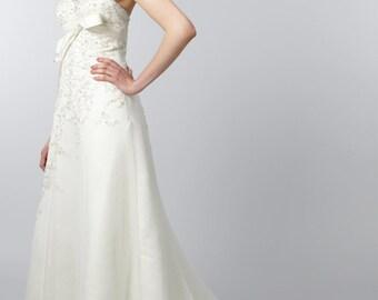 Strapless ivory lace wedding dress - UK size 10