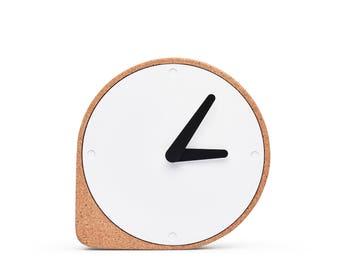 CLORK - Puik - Design - Amsterdam - Uhr - Kork - Natürlich - Stahl - Zeit - Einzigartig - Urhzeigers - Einfach - Inspiration - Elegant