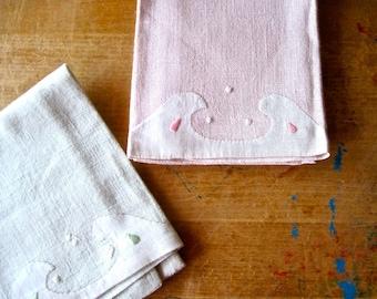 Linen Tea Towels, Pink Tea Towel, Green Tea Towel, Hand Embroidered, Vintage Linens, Fingertip Towels, Shabby Decor, Guest Towels, Bathroom