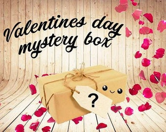 Mystery Box - Holiday