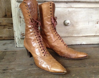 1900s Edwardian Victorian Tan Brown Leather High Laced Boots Display Halloween Decor Witch