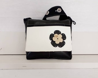 Black and white shoulder bag made have bags AS Quebec