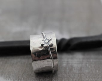 Sterling Silver Spinner Ring - Flower Spinner Ring - Gift for her - Flower Meditation Ring - Jewelry