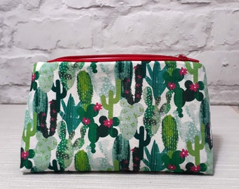 Cactus make up bag, cosmetic bag, cactus gift, toiletry bag, makeup storage, gift for mum, free shipping