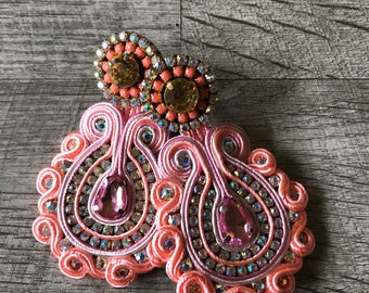 Soutache statement earrings pretty in pink. Jewelry boho weightless rhinestone gems