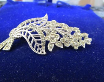 """vintage marcasite style floral brooch 2.25""""high x 1.25""""wide in good condition"""